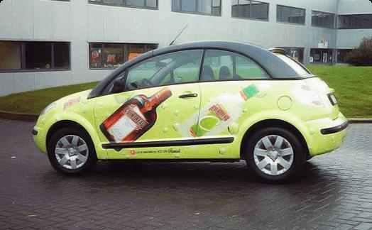 איך לבחור חברה להדפסת מדבקות לרכב