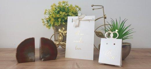 הזמנה לחתונה הטבעת זהב עם סרט